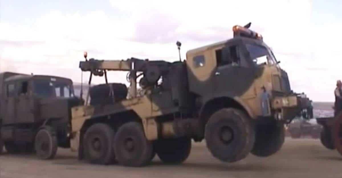 AEC Militant tow