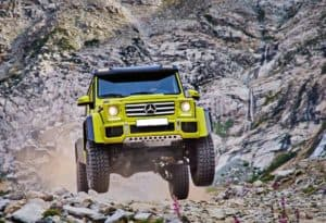 mercedes G wagon modified off road rocks