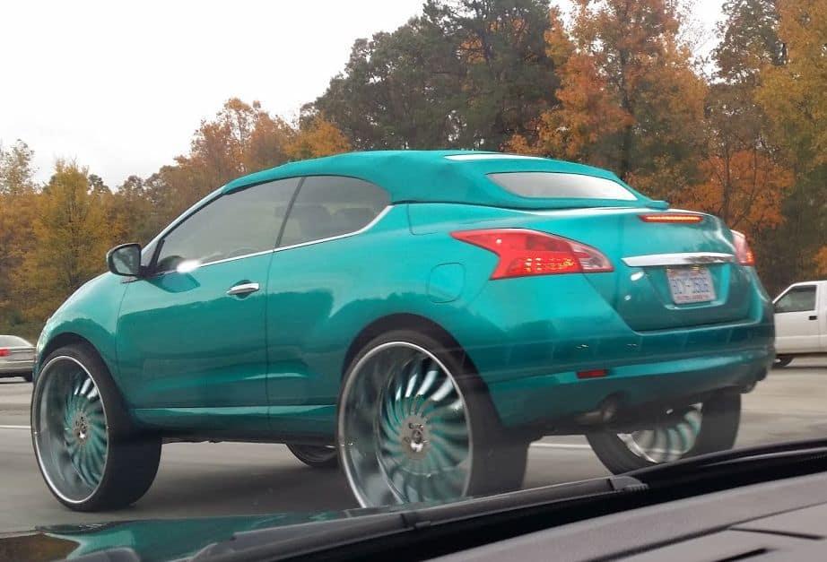 Green rims car mod