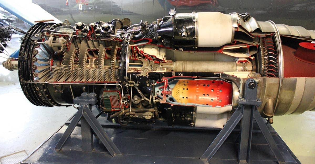 (17)inside-a-jet-engine
