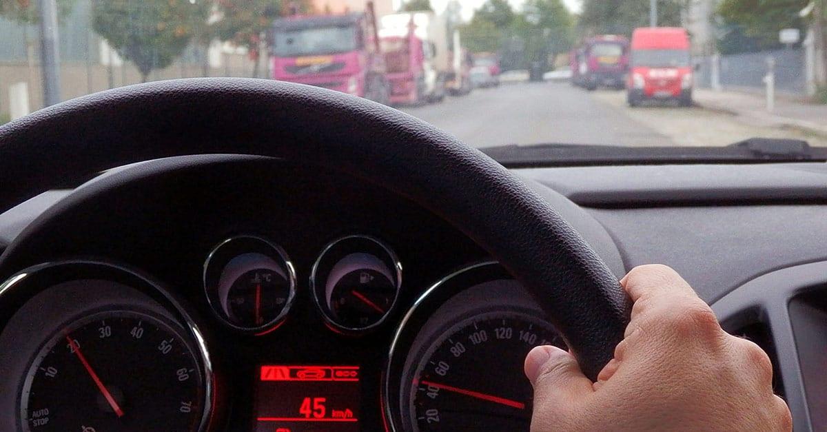 (26)Speedometer-in-driving-car