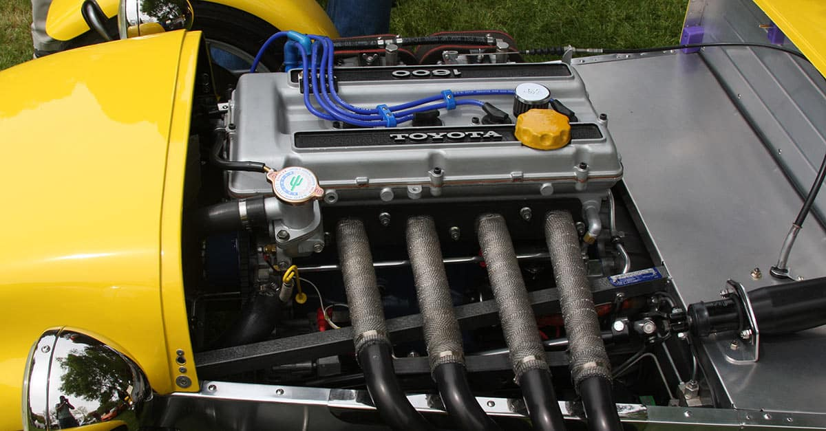 (35)Toyota_T2G_1.6L_twin_cam_four_cylinder_engine_in_a_Locost_