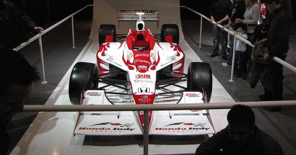 38)Honda_2010_Indy_Car_Front