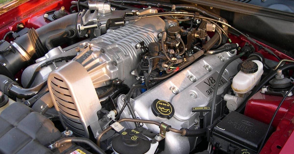 (44)2003_Ford_Mustang_Cobra_32v_Supercharged_engine