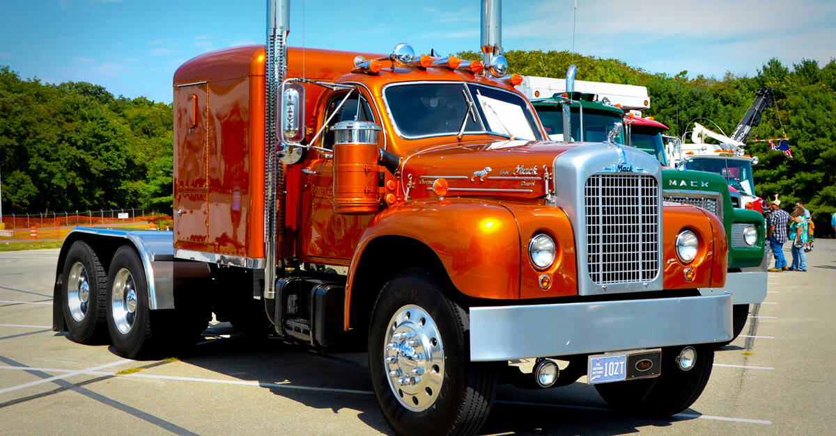50 rare and classic semi trucks yeah motor - Mack truck pictures ...