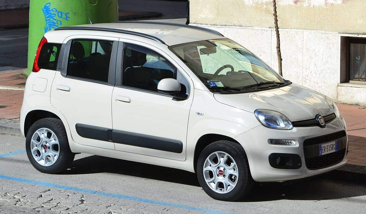 2014_Fiat_Panda_III_0.9T_Natural_power