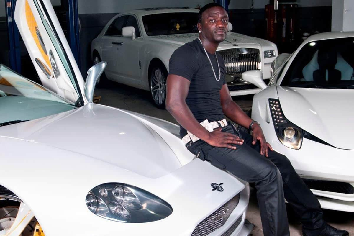 50 Celebrities with Serious Car Collections - Yeah! Motor