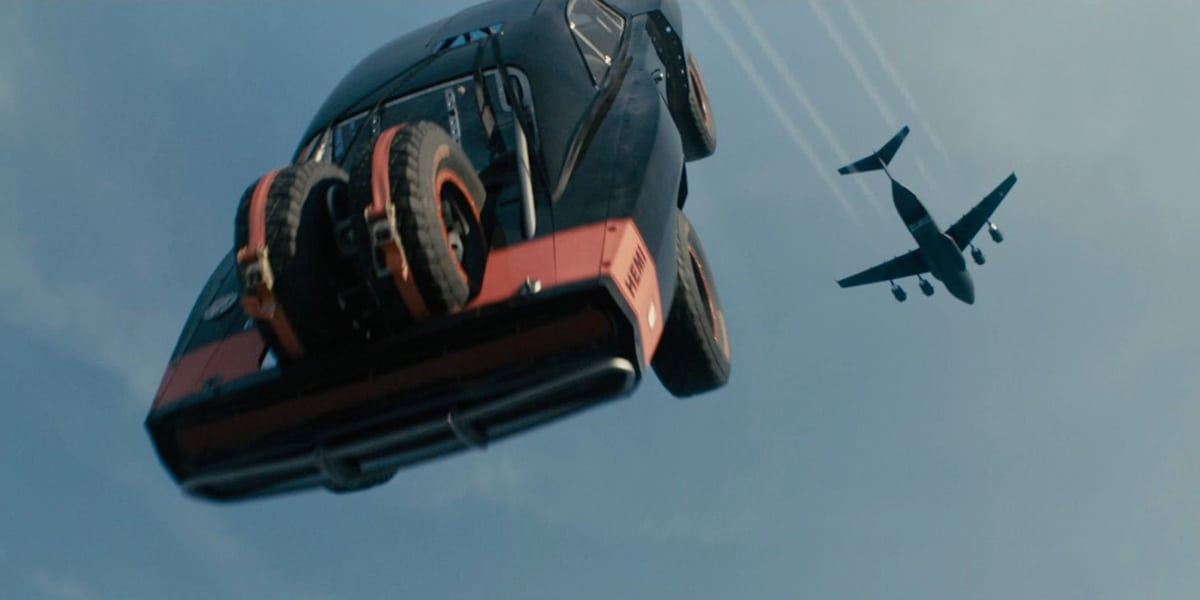 Cars out of planes(Digital Spy)