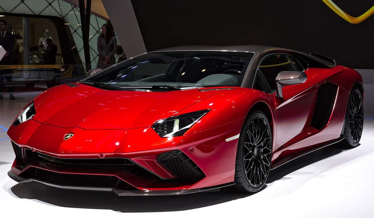 Lamborghini_Aventador_Genf_2018