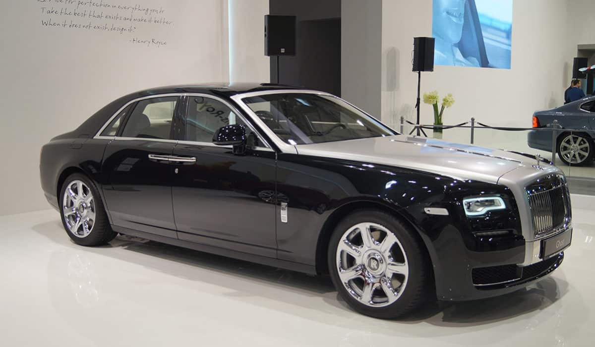 Rolls-Royce_Ghost_(MSP16)