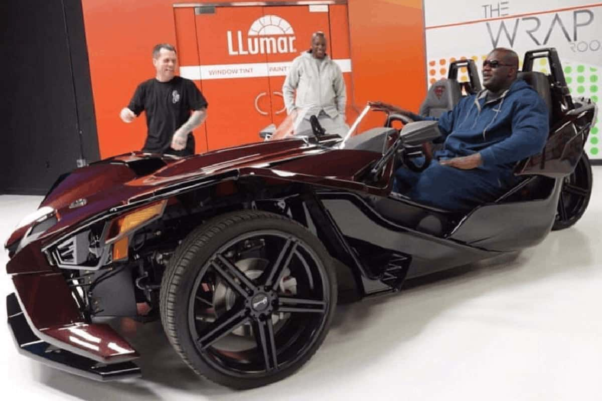 SUPER-SIZED POLARIS SLINGSHOT