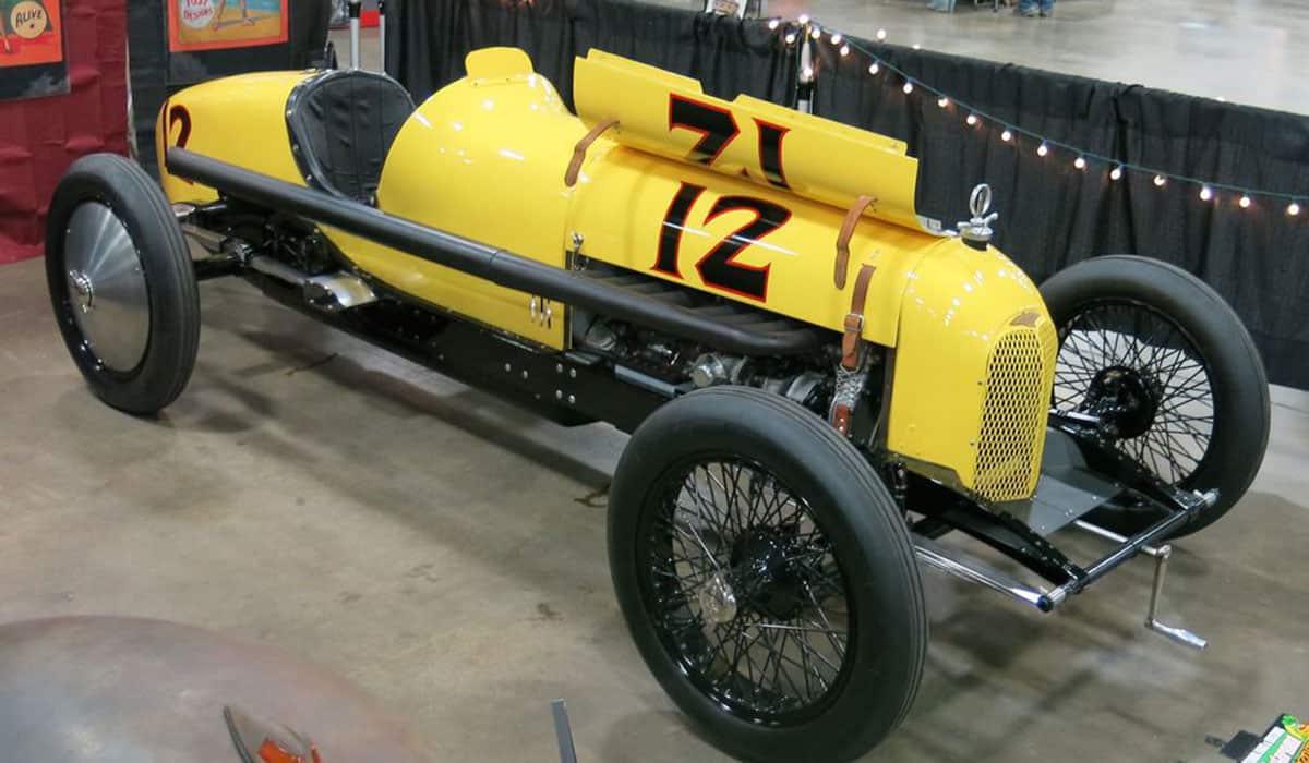 1925 Duesenberg 8 Speedway Roadster(Rusty Blackwell)
