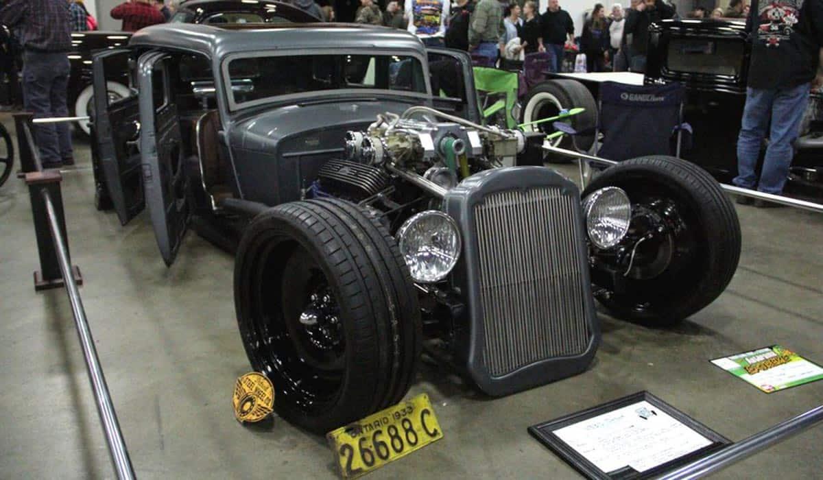 1933 Dodge(Greg Fink)