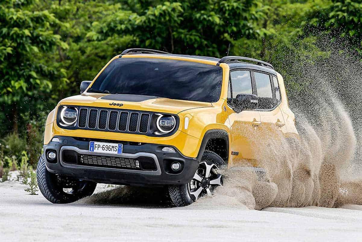 Jeep Renegade Trailhawk(Motor 1)