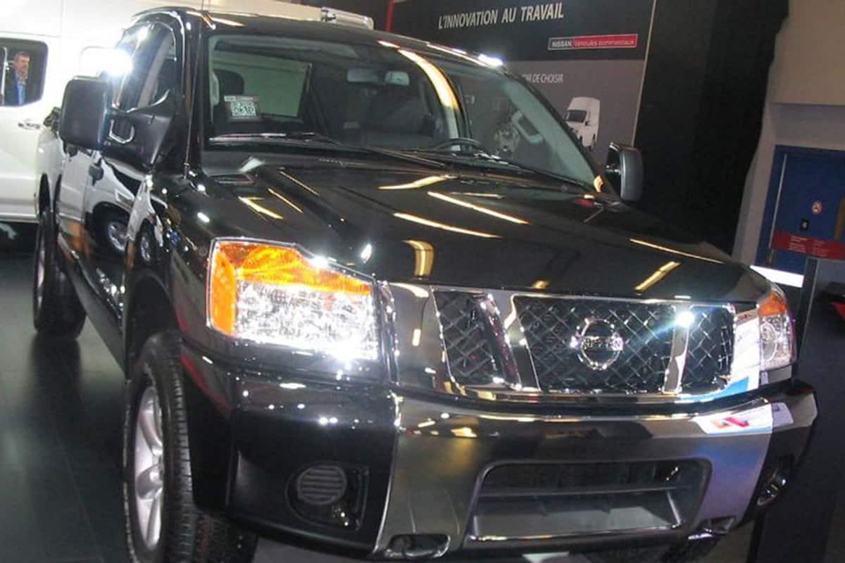 '12_Nissan_Titan_Crew_Cab_(MIAS_'12)