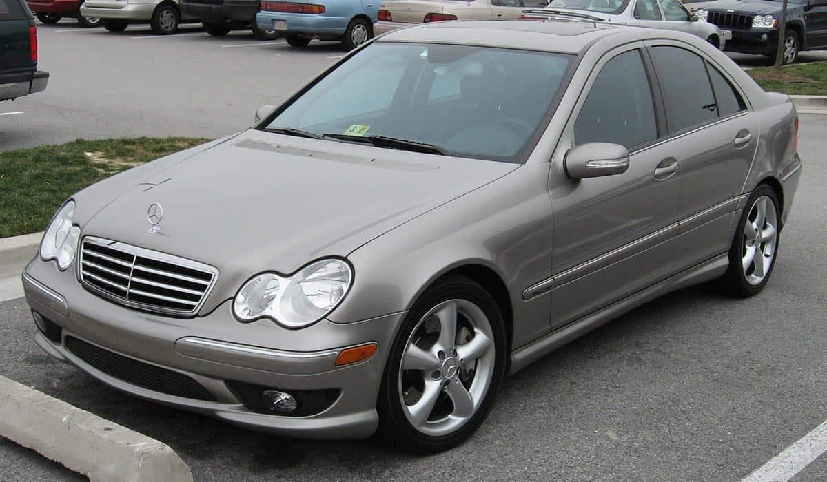 2005-2007_Mercedes-Benz_C-Class