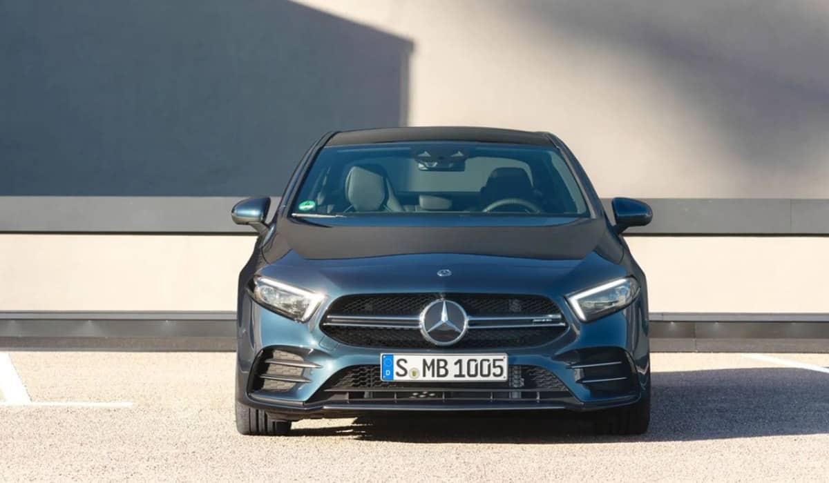 Mercedes-AMG A 35(Kelly Blue Book)