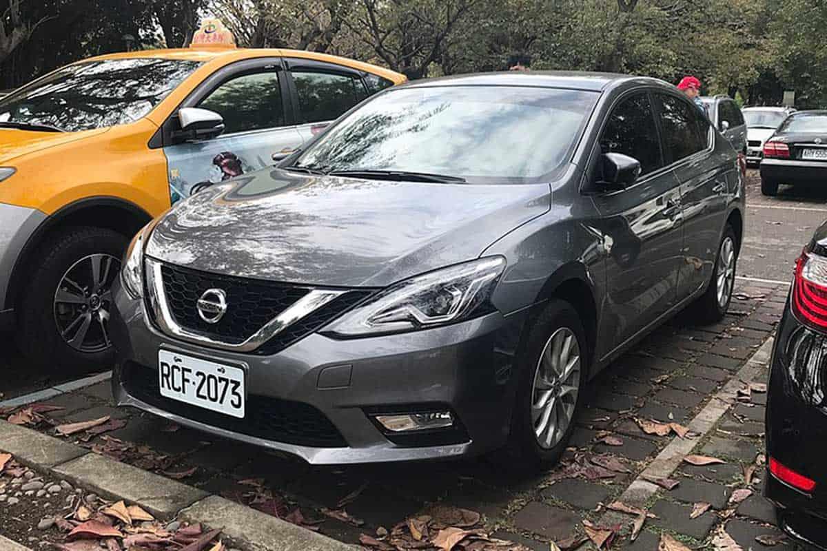 Nissan_Sentra_B17