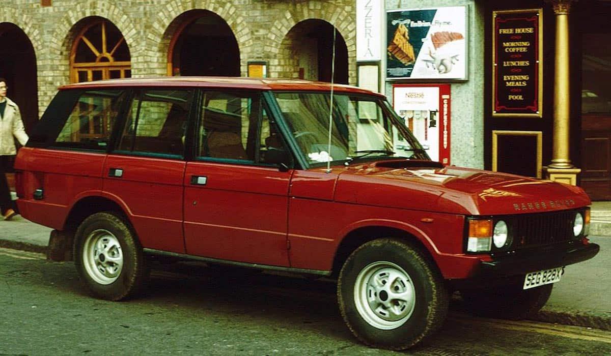 Range_Rover_CLASSIC_1981_Market_Hill
