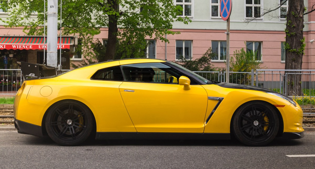 2013 Nissan GT-R, fastest production cars