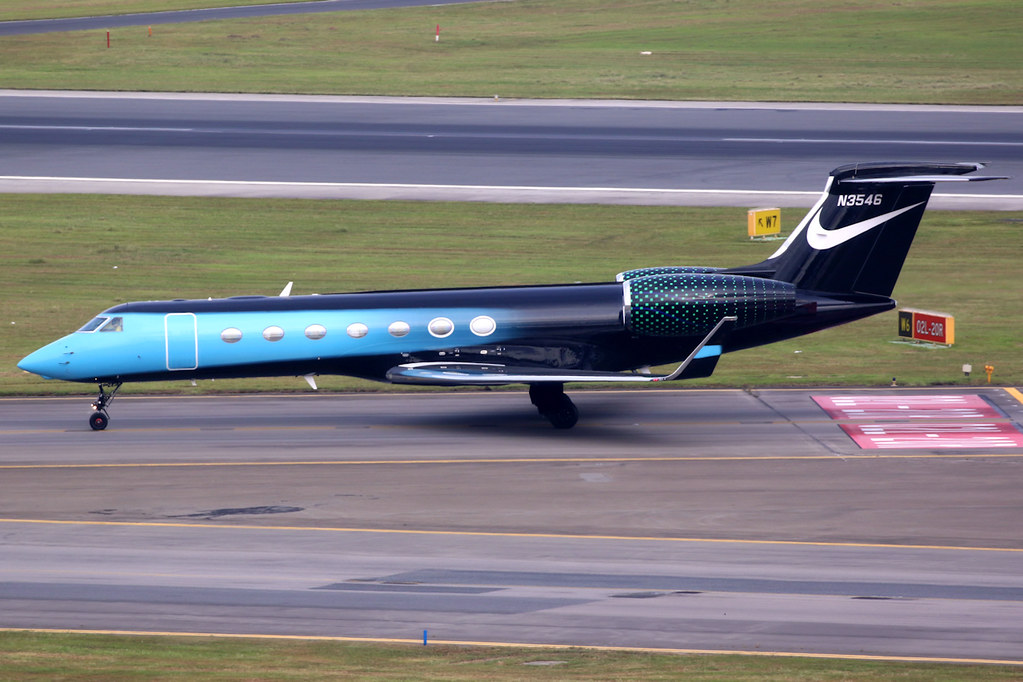Custom Painted Nike Jet – Just Do It