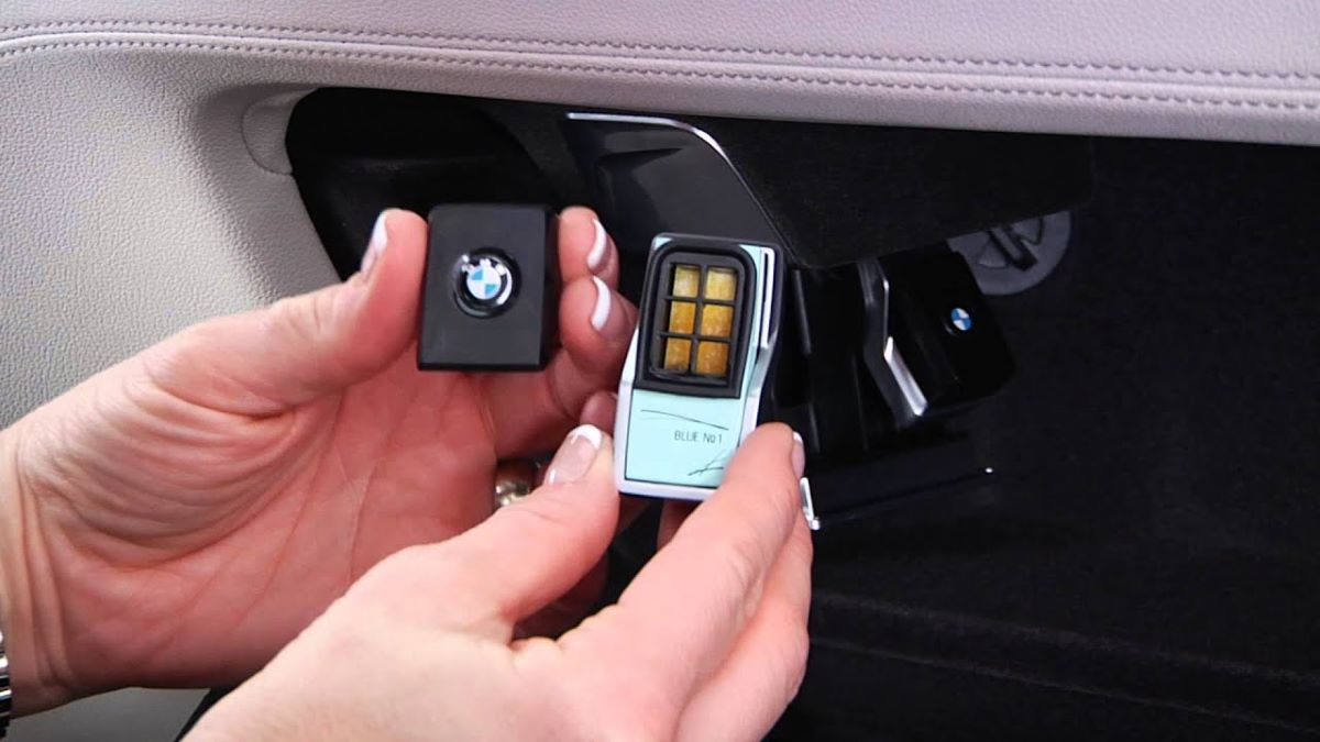 The scent cartidge for BMW Ambient Air system
