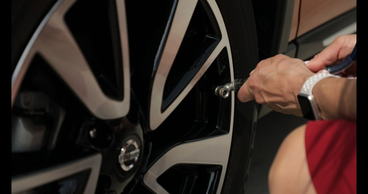 Nissans tire filling system makes the process easy