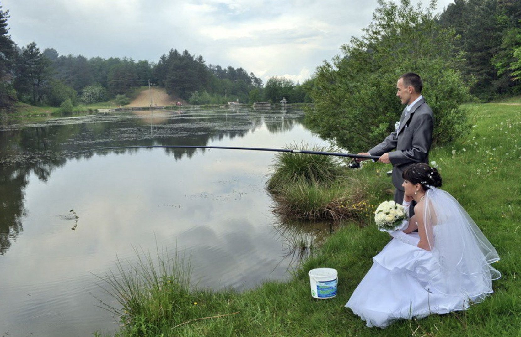 bride and groom fishing, funny fishing pictures